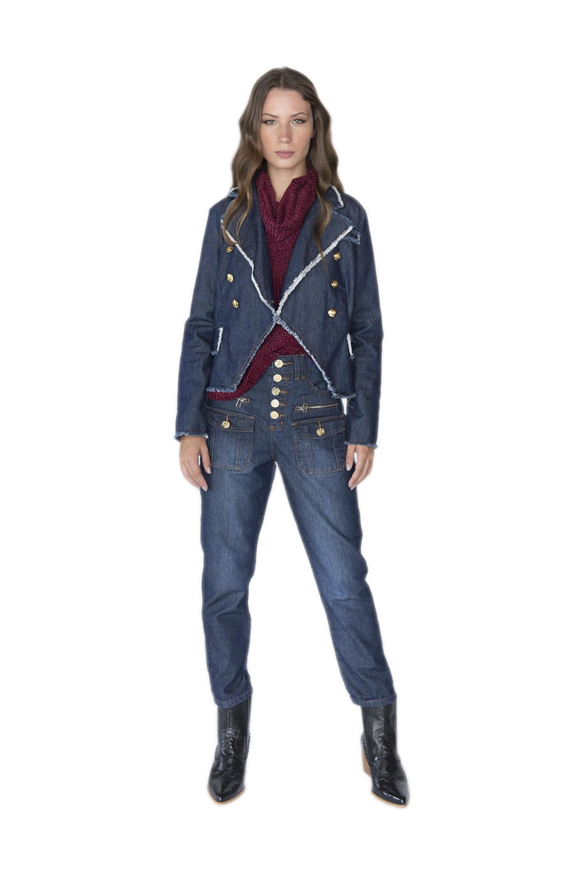 Tee Match - blazer dark jeans desfiado